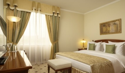 Presidential-Suite2-of-the-Radisson-Blu-Moscow-Hotel